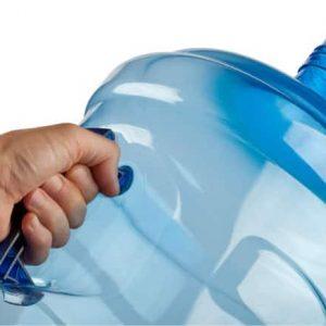 7 razones para no usar botellones de agua